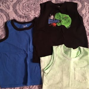 Other - Lot of 3 size 4T tanks
